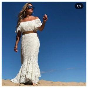 Zara long lace dress (4437)
